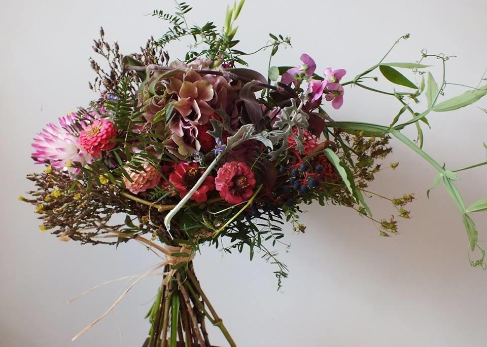 Rudeninė lauko gėlių puokštė
