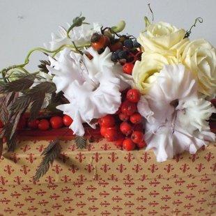 Dovanų pakavimas / gyvos gėlės